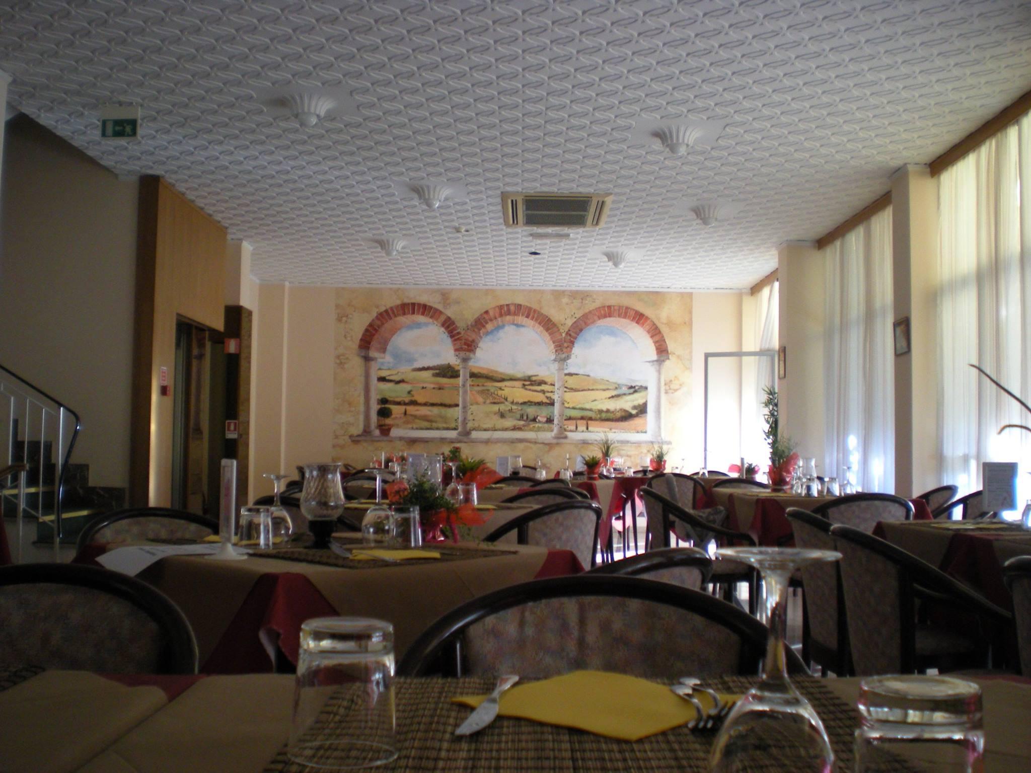 Foto hotel glenn rimini hotel glenn rimini for Bagno 69 rimini